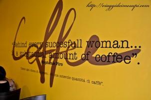 Starbucks in Italia - Scritta Arnold Firenze