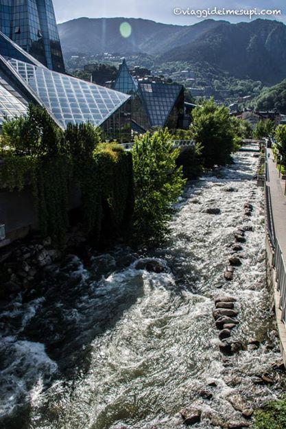 la SPa più bella del mondo: fiume esterno