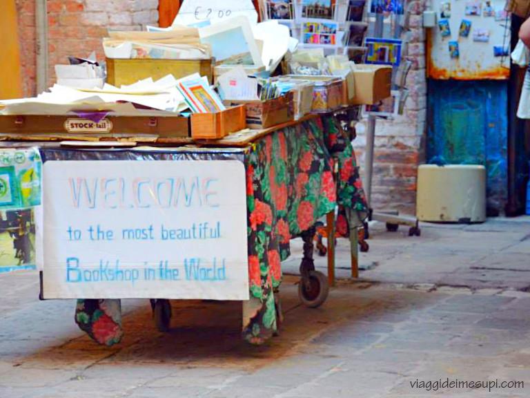 viaggiare rilassati - libreria Venezia